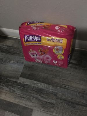 Huggies pull up for girls size 2 t to 3 t for Sale in Dallas, TX