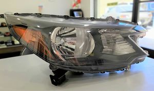 2012-2014 Honda CRV **Front Headlight Assembly** Right Hand Side/Passenger for Sale in Los Angeles, CA