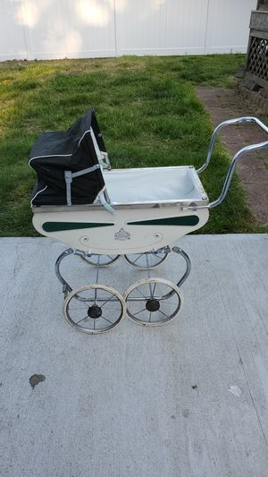 Antique doll carriage for Sale in Saugus, MA