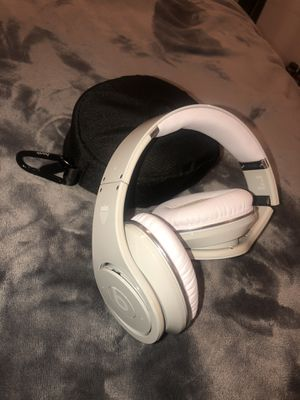 DR. DRE STUDIO BEATS Team USA Edition for Sale in Seattle, WA
