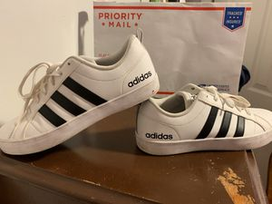 Tenis Adidas for Sale in Boston, MA