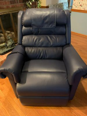 Leather Power Lift & Recline Chair for Sale in Jamestown, NC