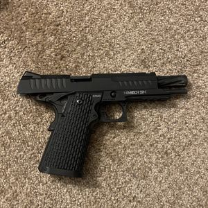 Novritch SSP-1 Airsoft Pistol for Sale in Grand Island, NY