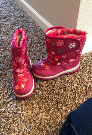 Girls snow boots size 12 (kids) for Sale in Winston-Salem, NC