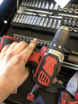 Milwaukee hammer drill and regular drill for Sale in Pinellas Park, FL