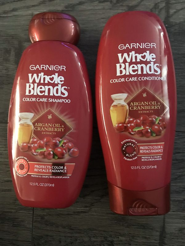 Garnier whole blends Argan oil & cranberry shampoo and conditioner set
