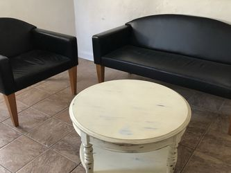 Vintage Couch And Chair for Sale in Pittsburgh,  PA