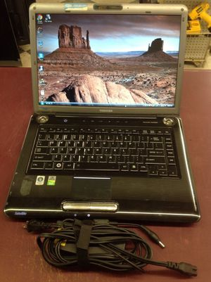 "PRICE IS FIRM - 15"" toshiba laptop vista dvd wi-fi for Sale in Columbus, OH"