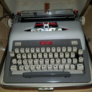 Typewriter Royal Futura 800 - 1960 Vintage. for Sale in Torrance, CA