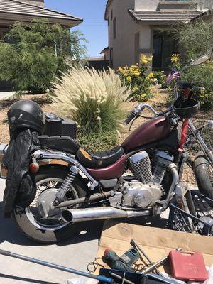 Motorcycle 1986 Suzuki intruder 750cc for Sale in Glendale, AZ