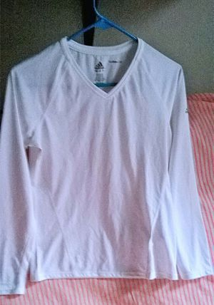 New Adidas Climalite Long Sleeve Women Sports Top, Size M for Sale in Brooklyn, NY