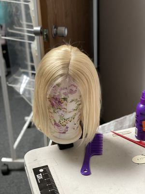 Blonde wig 100% health human hair for Sale in San Dimas, CA