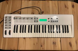 M-Audio Venom 49-Key Synthesizer midi interface usb audio compatible for Sale in San Francisco, CA