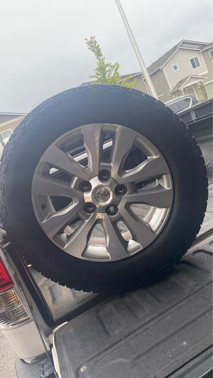 2012 Toyota tundra 5x150 wheels with brand new tires for Sale in Puyallup, WA