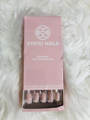 Reusable Pop on Nails Static Nails Pink for Sale in San Jose, CA