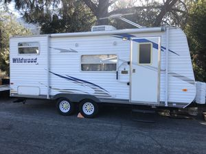 2010 Forest River wildwood 19ft for Sale in Kernville, CA