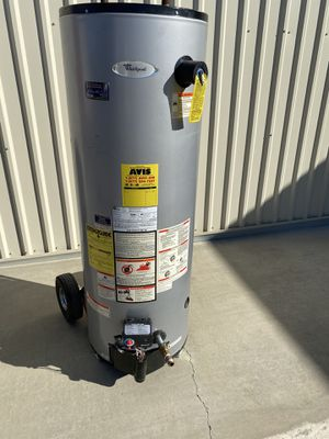 50 gallon water heater 2017 for Sale in Perris, CA