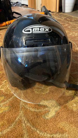 Motorcycle helmet dot approved clear visor size S for Sale in Warren, MI