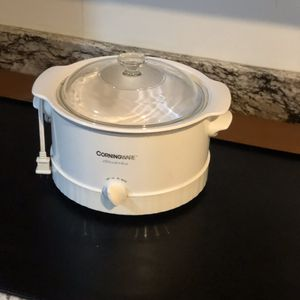 CorningWare slow cooked crockpot for Sale in Livonia, MI
