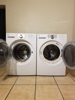 KENMORE WASHER AND ELECTRIC STEAM DRYER for Sale in Glendale, AZ
