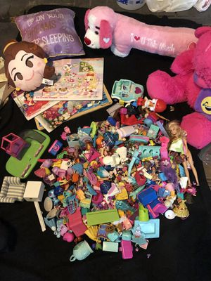Over 200 pieces! Tiny toys & dollhouse furniture for Sale in Howell, NJ