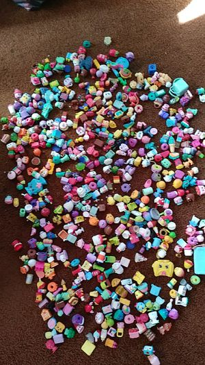 600 .....Shopkins for Sale in Pawtucket, RI