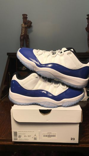 Air Jordan 11 Retro Low White Concord Sketch Blue (WOMEN'S) Size 8.5 for Sale in Bethesda, MD