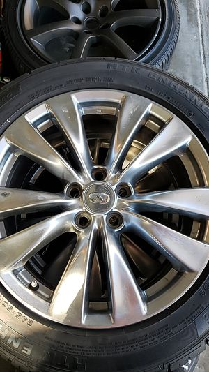 """Infinity 18"""" Rims With Good Tires for Sale in Citrus Heights, CA"""