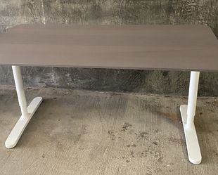 Ikea Bekant Office Study Desk - Gray for Sale in Arcadia,  CA