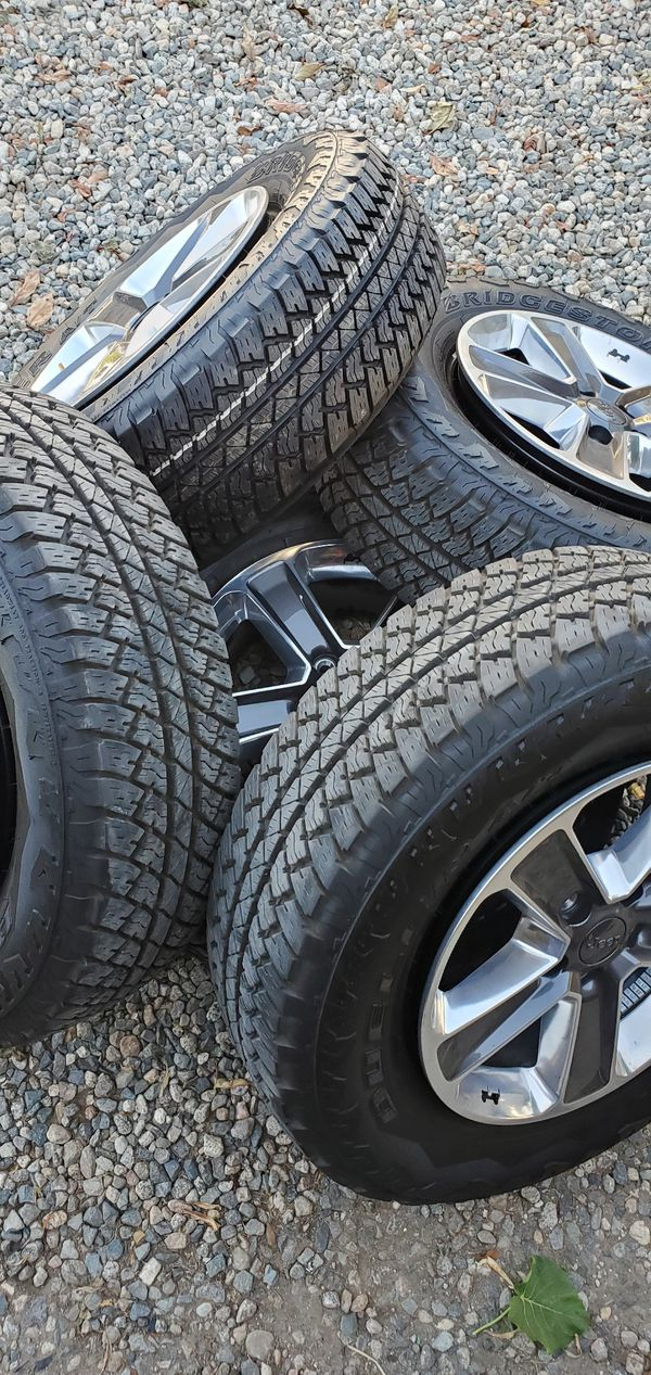 """2020 Jeep JL OEM 18"""" Wheels and Tires!"""
