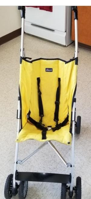 Chicco umbrella stroller for Sale in Swormville, NY