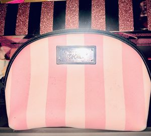 Victoria's Secret small makeup bag-used for Sale in Phoenix, AZ