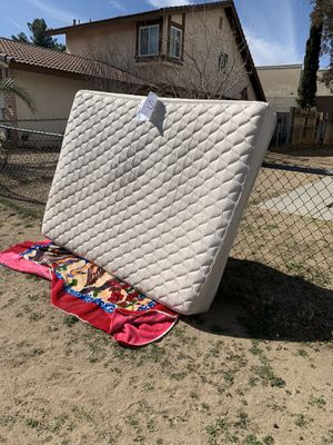 Free for Sale in Victorville, CA