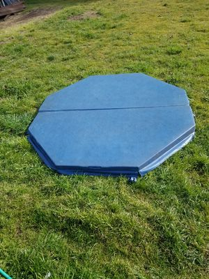 Hot tub cover octagon for Sale in Milwaukie, OR