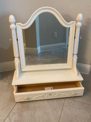 Tilting makeup vanity mirror for Sale in Saginaw, TX