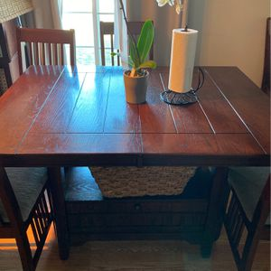 Wooden Table for Sale in Umatilla, OR