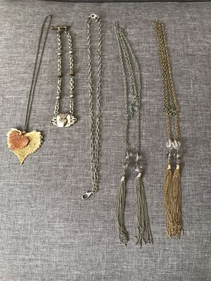 5 necklace lot gold and silver from something silver jewel kade chain for Sale in Gig Harbor, WA