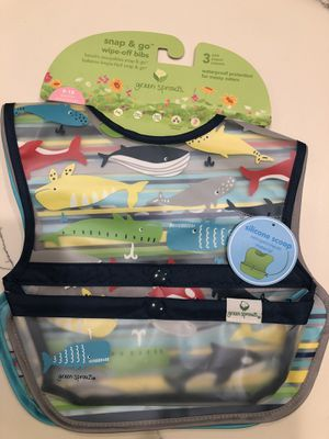 Green Sprouts Snap & Go Wipe-Off Bibs, 3-pack, Whales for Sale in Pasadena, CA