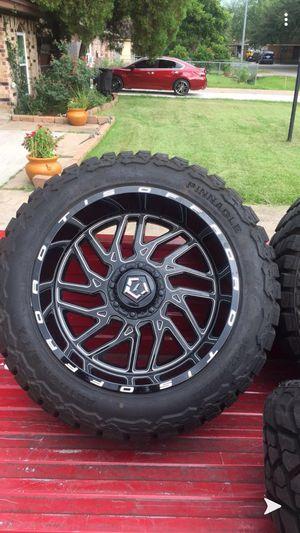 TIS gloss black 22x12 Jeep Wrangler rims for Sale in Houston, TX