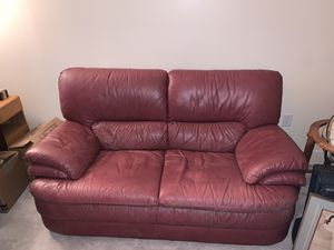 Leather couch, free for Sale in Plano, TX