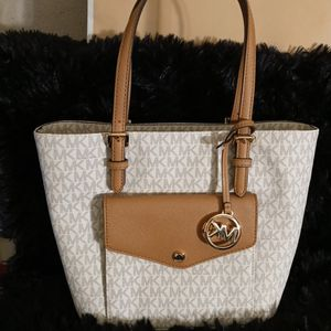 Michael Kors Tote Bag for Sale in Bloomington, CA