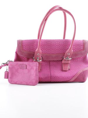 Coach Soho satchel and wristlet in pink for Sale in Brookfield, IL