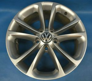 """VW CC and Passat 17"""" Wheels Alloy for Sale in College Park, GA"""
