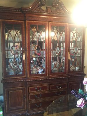 China cabinet for Sale in Houston, TX