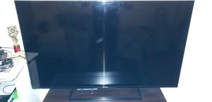 Panasonic LED TV 50inches vivid colors for Sale in Colton, CA