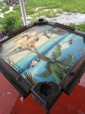 Mesa para jugar dominó for Sale in Miami, FL