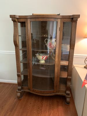 Antique bow front china cabinet for Sale in Silver Spring, MD