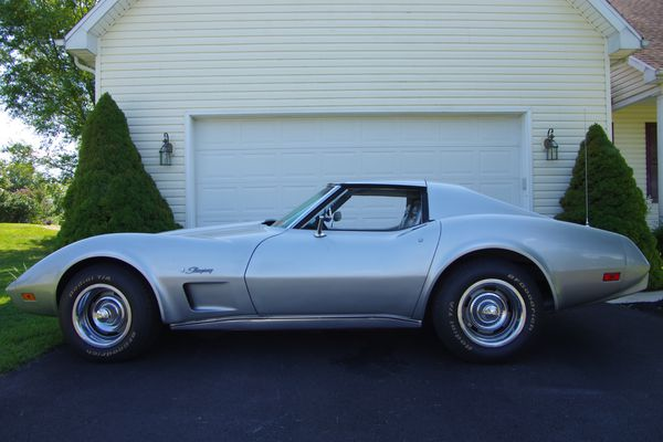 1975 Corvette Stingray T-Top