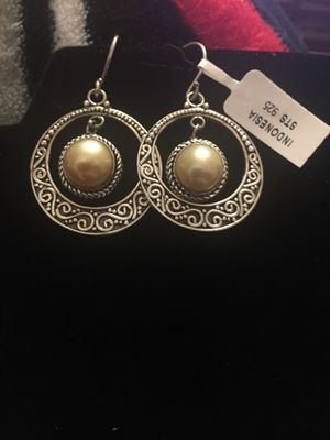 South Sea golden cultured pearl silver earrings for Sale in West Richland, WA