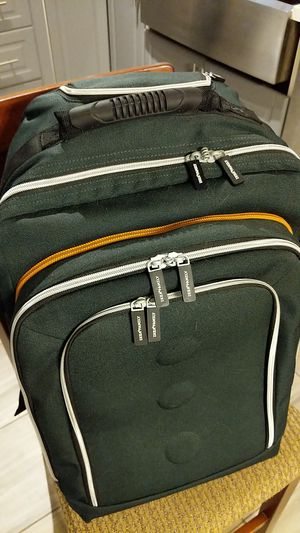 IKEA rolling carry-on with detachable laptop bag for Sale in Hayward, CA
